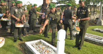 Korem 163/Wira Satya Lakukan Ziarah Ke Taman Makam Pahlawan Pancaka Tirta Tabanan