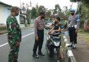 Polri, TNI Dan Sat Pol PP Kecamatan Tembuku Razia Masker Sasar Pengguna Jalan